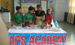 Vocational training program related to ceramic work-3